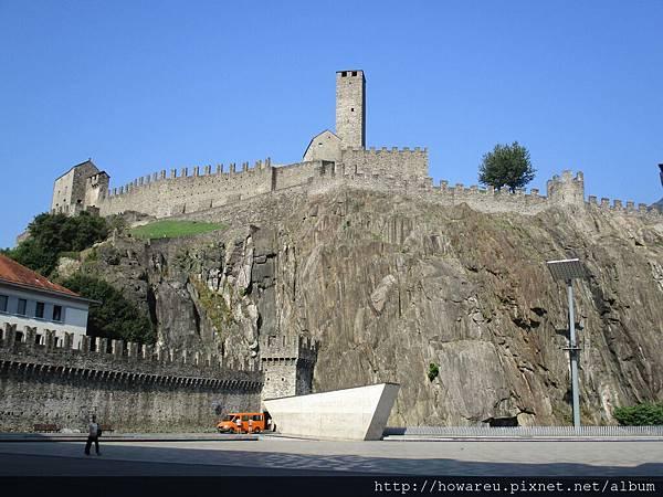 市中心的城堡
