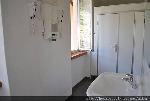 女生公共衛浴