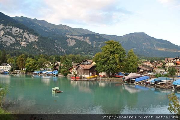露營區旁的湖Brinezersee湖