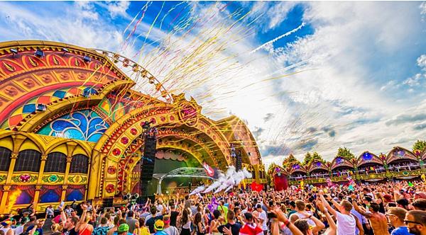6.比利時Tomorrowland電子音樂節 - 7月
