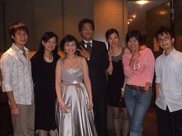 結婚成了同學聚會的最佳時刻