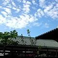 071_簷外有藍天.JPG