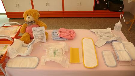 免洗尿布與可洗尿布功能測試及比較