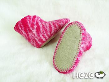 桃紅色虎斑鞋
