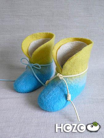 兩種款式及兩種顏色的鞋帶示意,淺藍及鵝黃