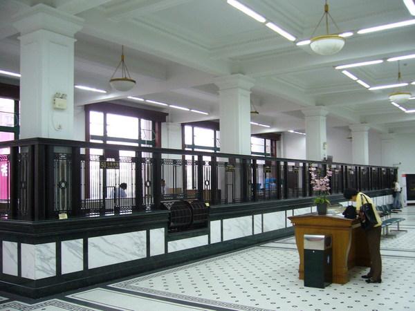 上海郵政總局內部櫃臺