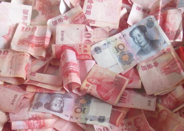 RMB也來捐香油錢