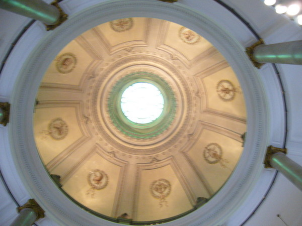 表慶館的天井