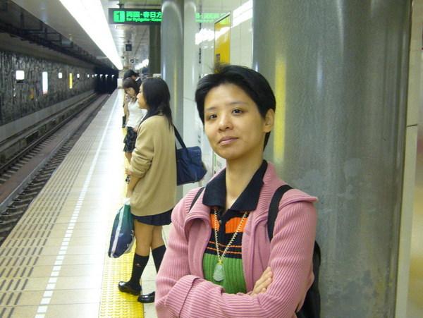 大江戶線藏前驛