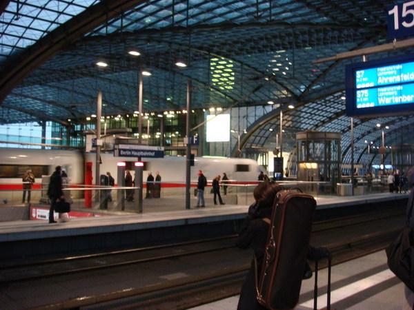 回到柏林中央車站