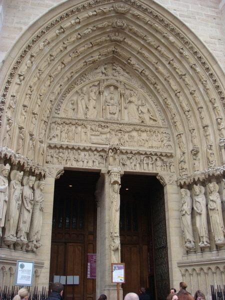 巴黎聖母院的門