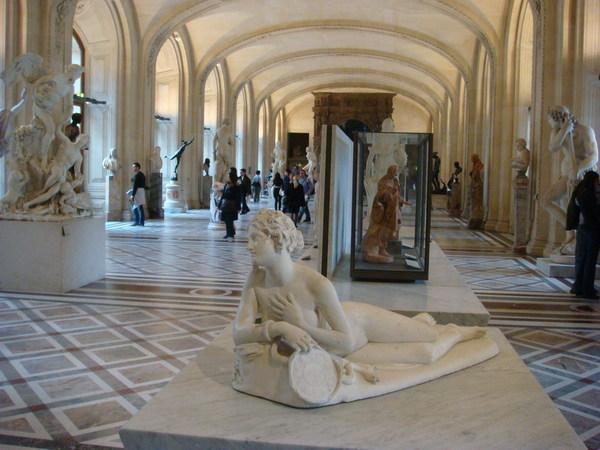 義大利雕塑區