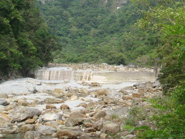 日本時代的攔砂壩