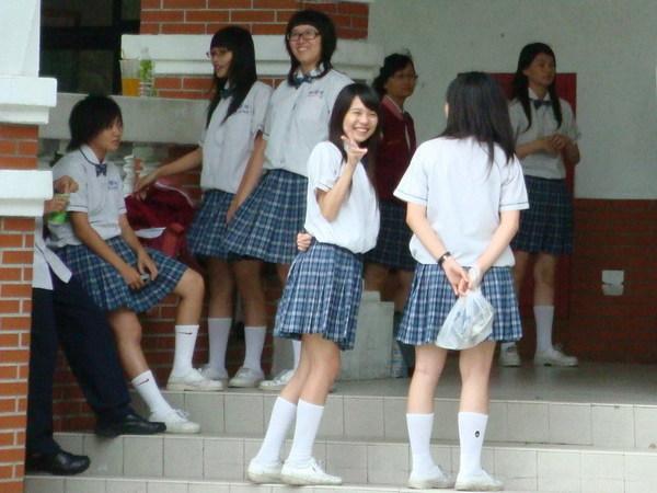 長榮中學的女學生