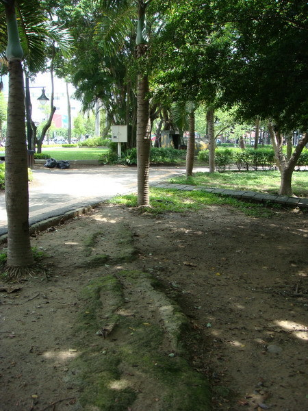 臺南公園內城牆遺跡