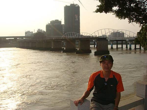 晉江與浮橋