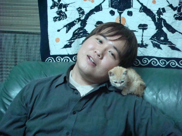 東城居士無呵殿, 只有乘肩小母貓