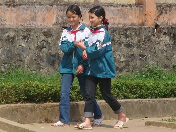 越南小學生也綁紅領巾