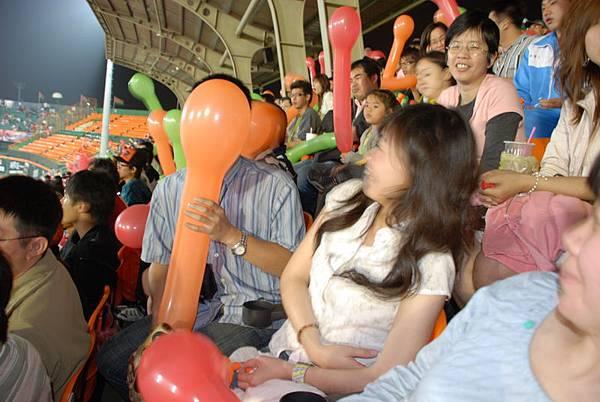 永祥跟氣球