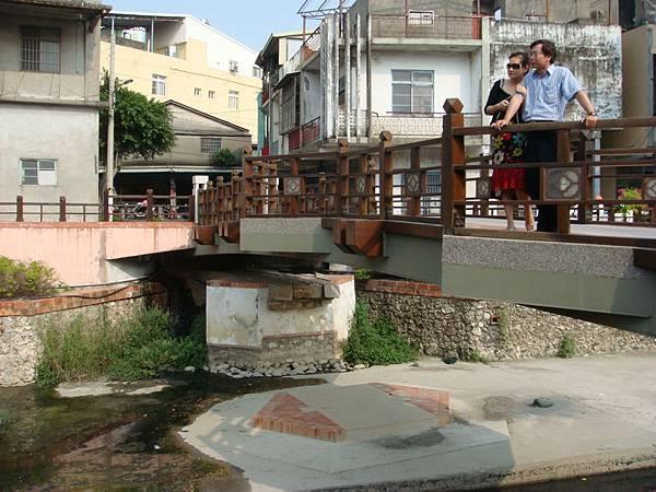 東福橋被潭美颱風淹走