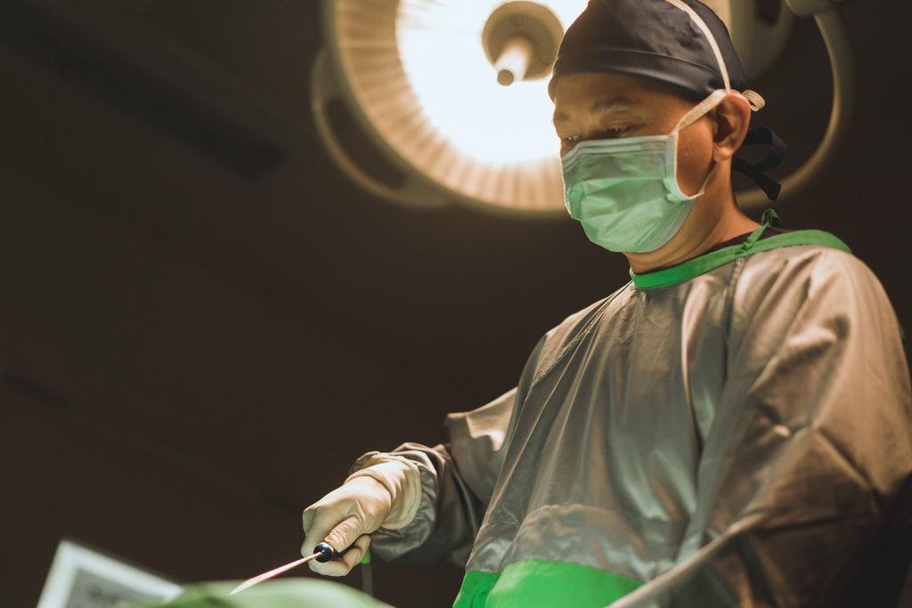 高雄醫美推薦席睿診所美醫自體脂肪抽脂隆乳胸部產後胸部下垂05.jpg