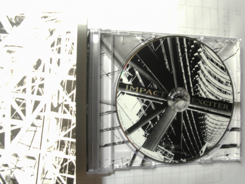 CD 和歌詞本