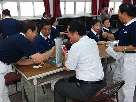慈濟醫師陳家鴻到豐原警分局講授身體保健