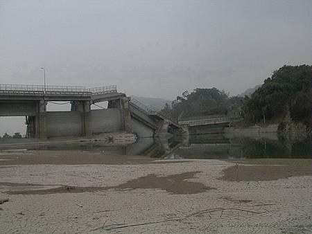 九二一震災系列-石岡壩災後轉機
