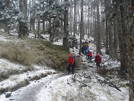 雪霸國家公園元旦起實施雪季入園管制措施