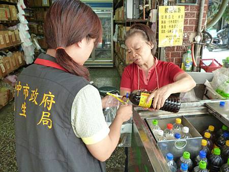 衛生局抽驗37件市售茶飲輔導業者改善