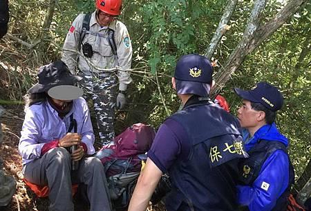 女登山客深山迷途警消連夜搜尋救出