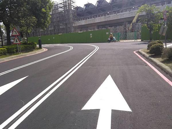豐原站前道路2.jpg