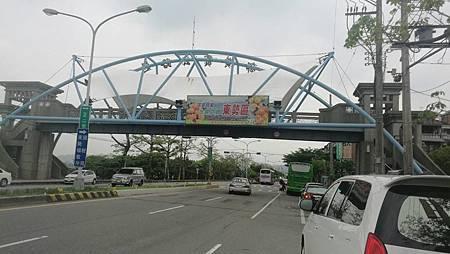 中橫天橋.jpg