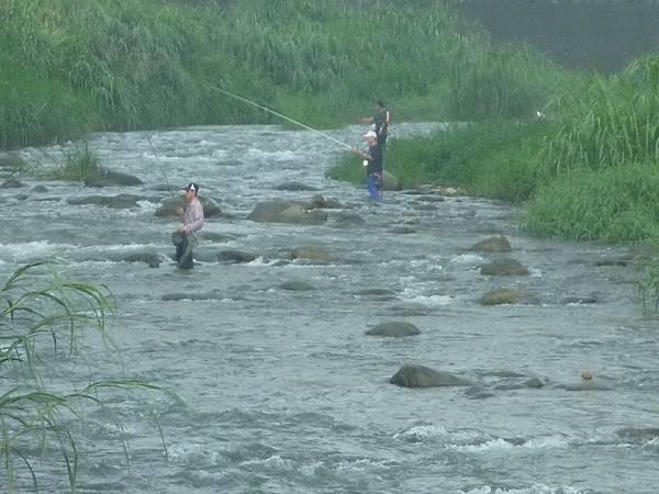 N溪中釣魚3.jpg