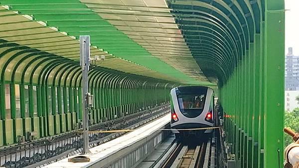 中捷電聯車1.jpg
