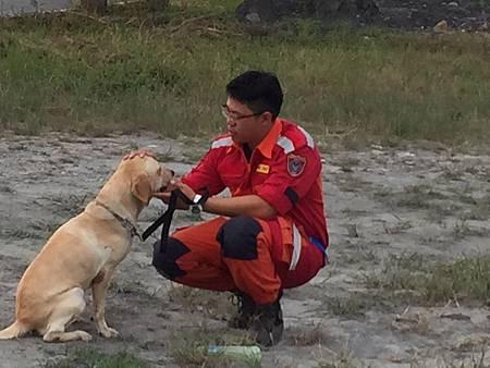 搜救犬認證2.jpg