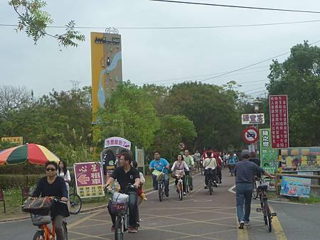 東豐綠廊騎車1.jpg