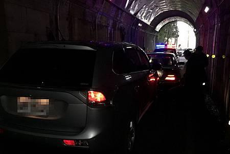 H隧道車輛-2.jpg