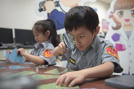 小小警察營2.jpg