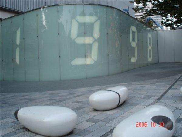六本木 public Art--counter void(櫸木坂道上)