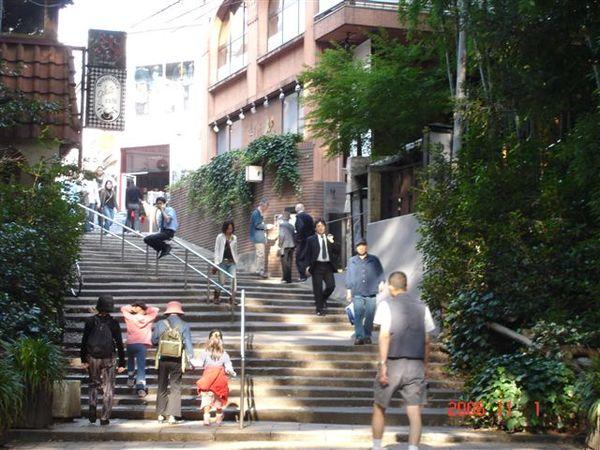 井之頭公園-終點吉祥寺出口