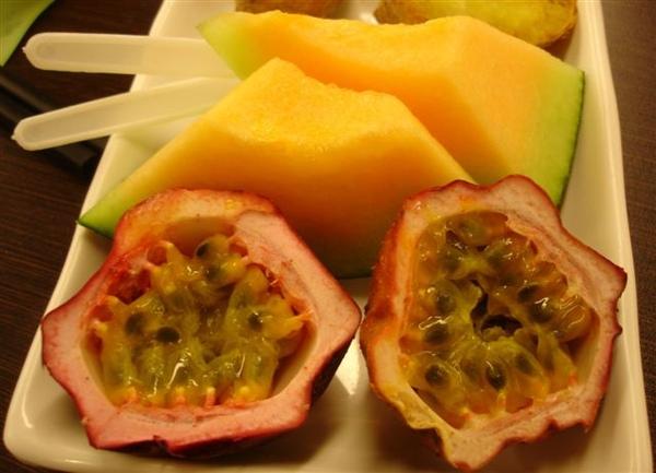 2008再訪~水果(哈密瓜+百香果)