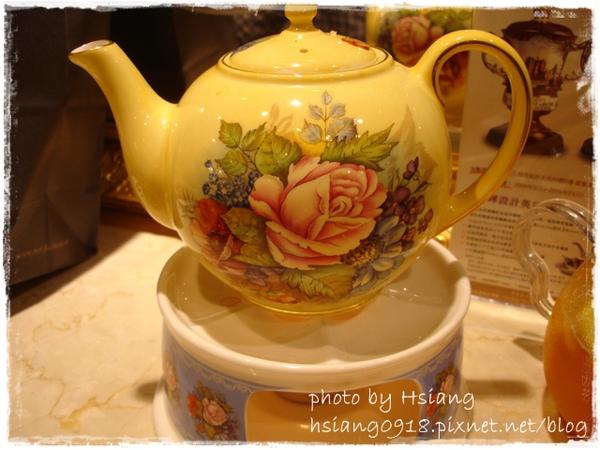 羅亞奶茶壺