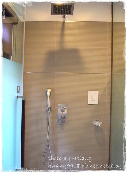 觀月套房~淋浴間