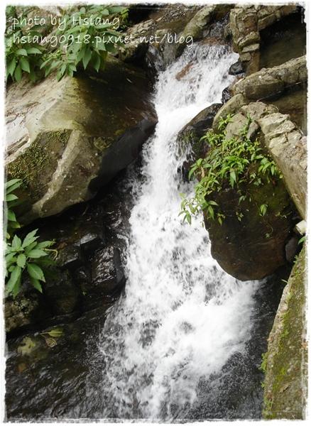 五峰旗第三層瀑布