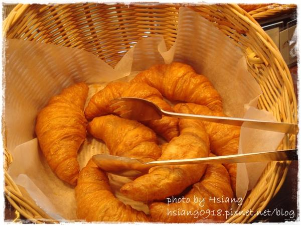 小田急南塔飯店~麵包區