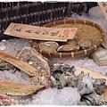 築地場外市場~烤貝類(螺、扇貝、蠔、蛤)