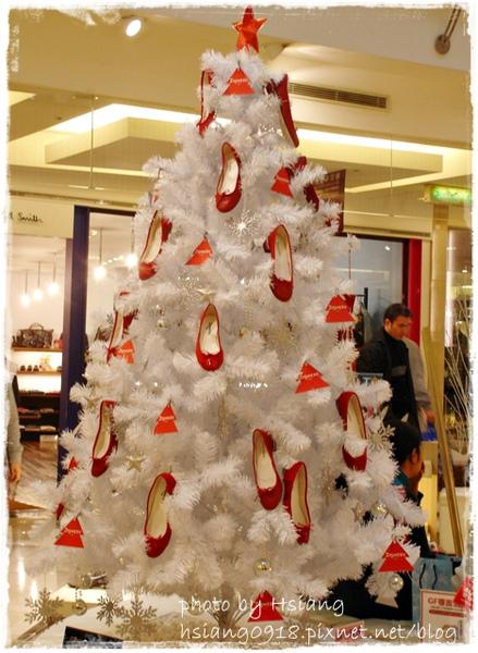 台北微風鞋子專櫃聖誕裝飾
