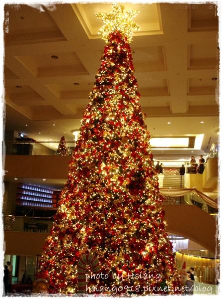 晶華酒店大廳聖誕樹