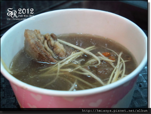 2012-2D晚餐 (1).JPG